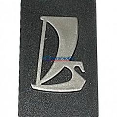 Эмблема решетки радиатора ВАЗ-2107
